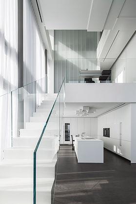 Square-Compositions-Penthouse_Pitsou-Ked
