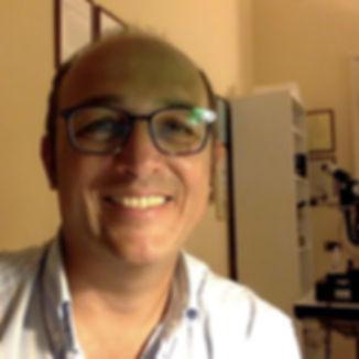 Foto Dott Emanuele Valenzano oculista con studio oculistico in Bari Terlizzi (provincia di Bari) Palagiano (provincia di Taranto) San Pietro Vernotico (provincia di Brindisi)