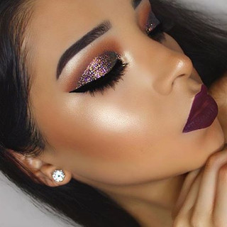 Glitter-makeup-eyeshadow.jpg