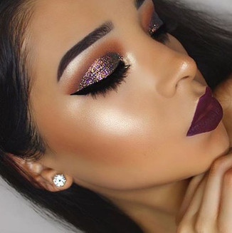 Glitter-makeup-eyeshadow.jpg