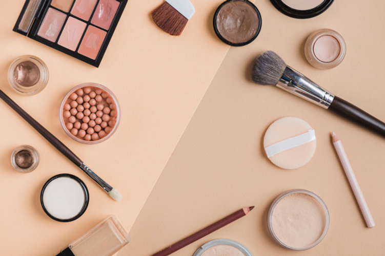 modern-make-up-composition_23-2147899757