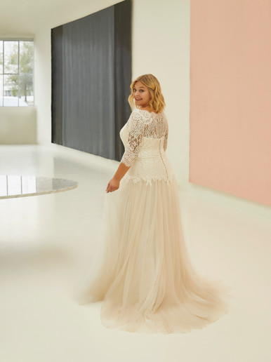 Robe de mariée Curves by Modeca Manon