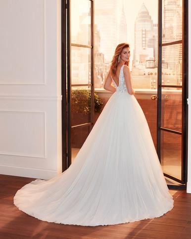 Robe de mariée Luna Novias Linz