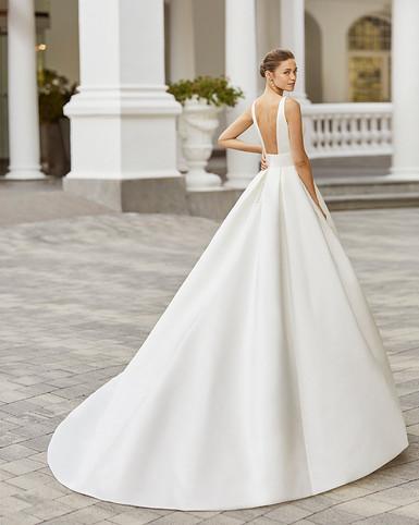 Robe de mariée Adriana Alier Sol