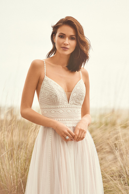 Robe de mariée Lillian West 66108