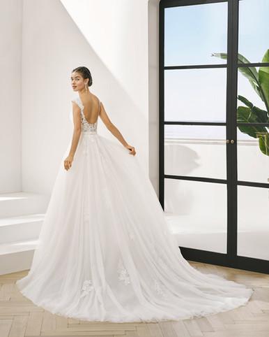 Robe de mariée Adriana Alier Pluton