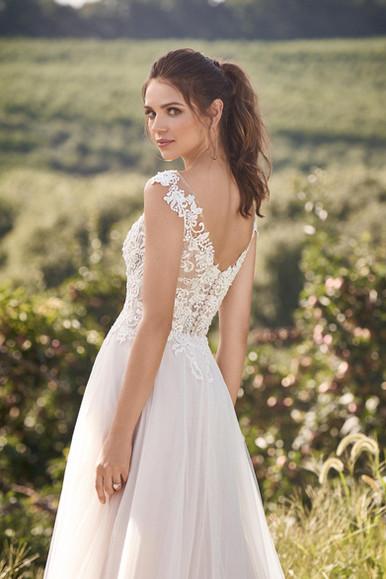 Robe de mariée Lillian West 66133