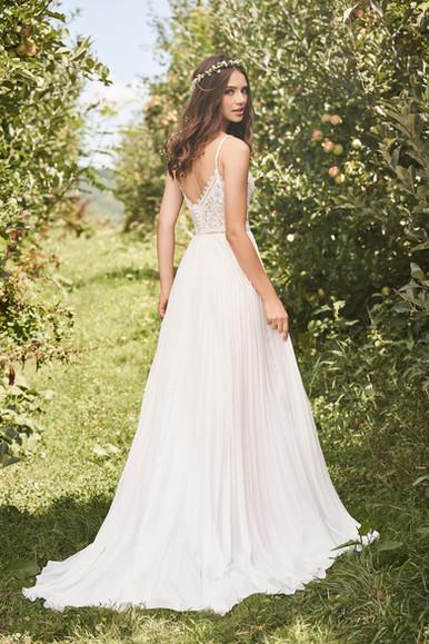 Robe de mariée Lillian West 66125
