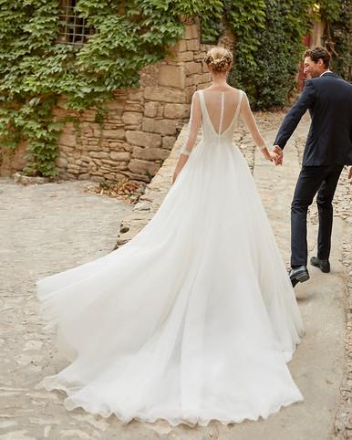 Robe de mariée Alma Novia Mondes