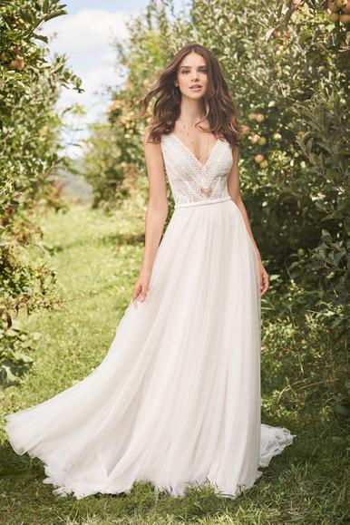 Robe de mariée Lillian West 66122