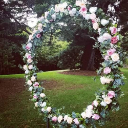 Greenery circle arbour with flowers