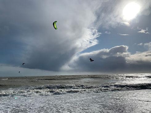 Kitesurfing at Goring Gap.jpg