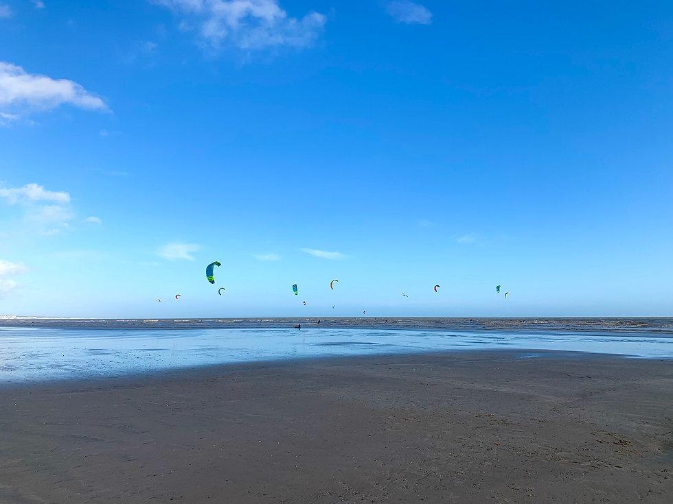 Kitesurfers at Lancing Beach.jpg