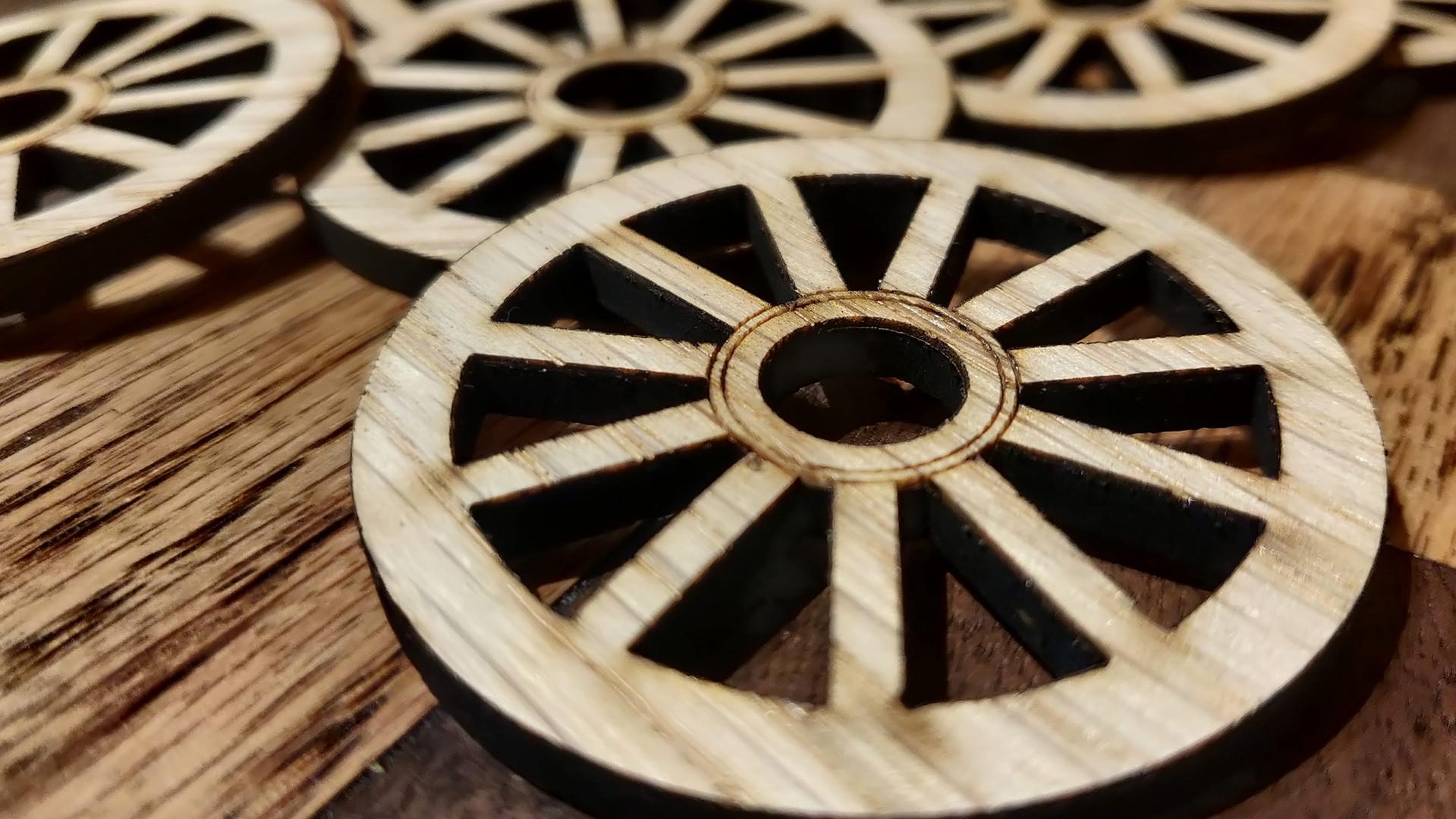 Oak Veneered waggon wheel