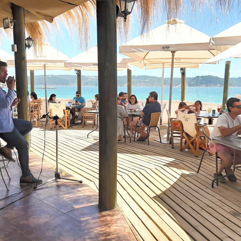 Olas Pub / Restaurant