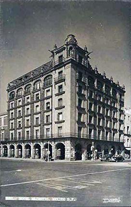 Hotel Majestic 1940s.jpg