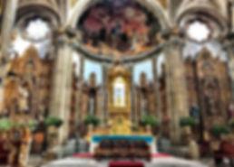 Main alter, San Juan Bautista Church.jpg