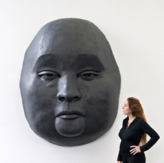 Große_Maske_Epoxydharz_Höhe_200_cm_Breite_160_cm.jpg