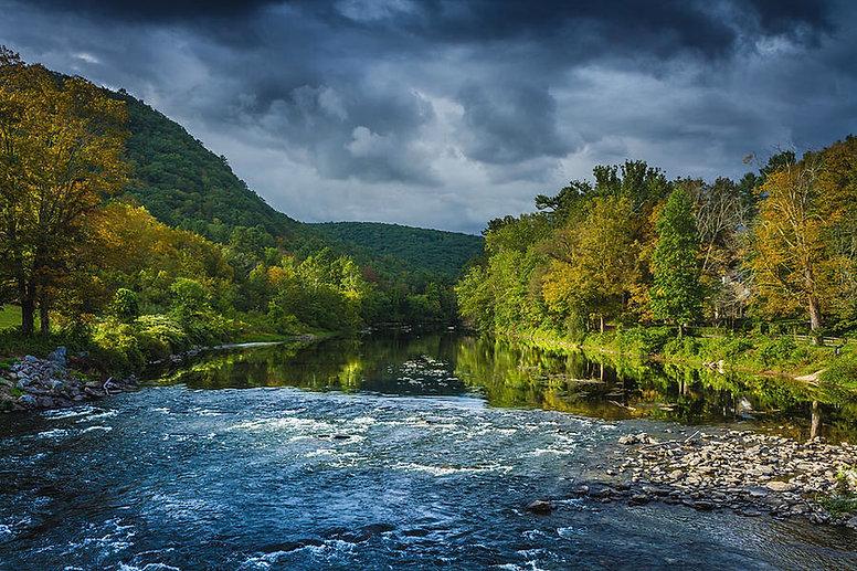 housatonic-river-west-cornwall-connecticut-linda-rasch.jpeg