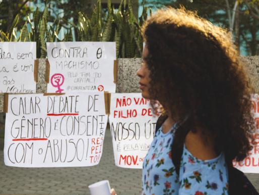 """""""Mulheres"""": A luta por direitos e o combate ao machismo"""