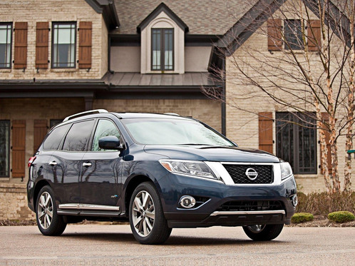 nissan pathfinder status auto group car leasing company brooklyn and staten island. Black Bedroom Furniture Sets. Home Design Ideas