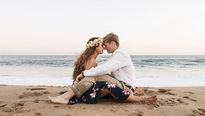 Paare auf dem Strand
