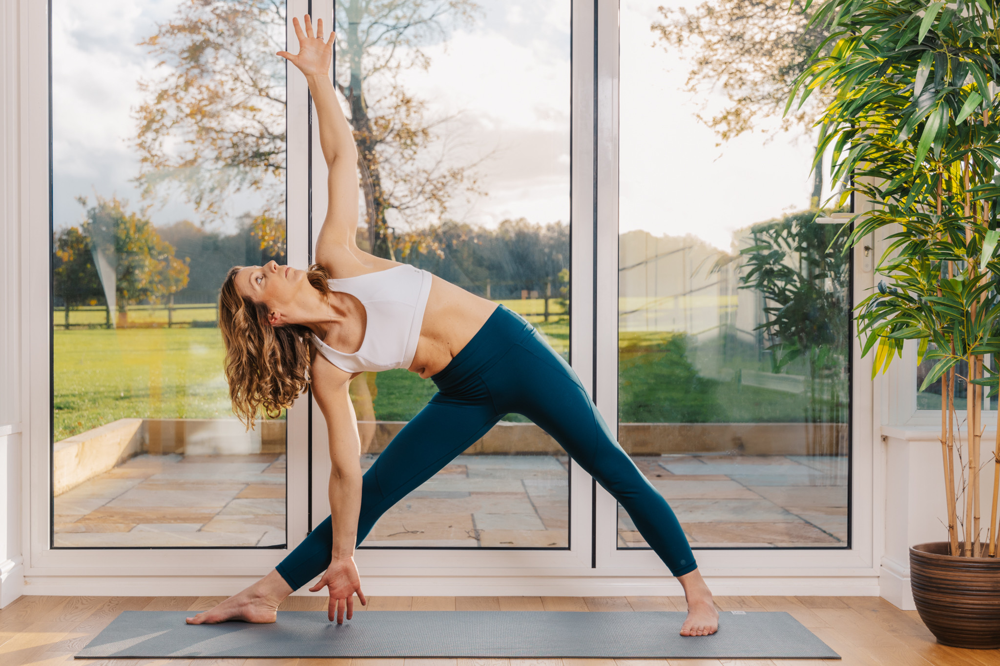 FLOW YOGA (In person) 2