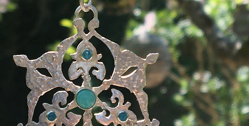 Arabesque Silver Pendant set with Turquoise and Apatite.