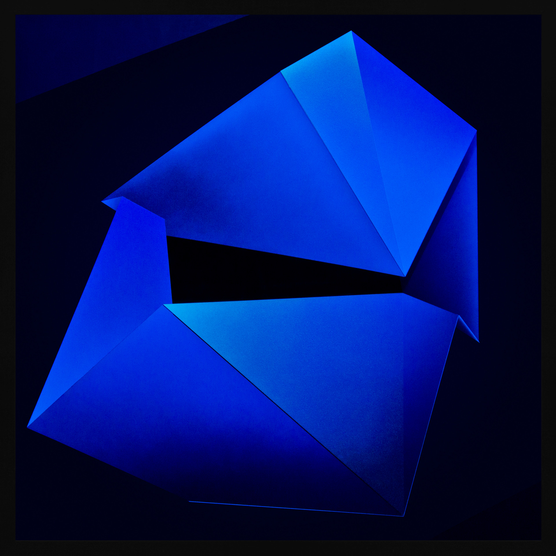 Zac-Koukoravas-Blue Moon-2017-acrylic and enamel on acrylic-103x103cm.