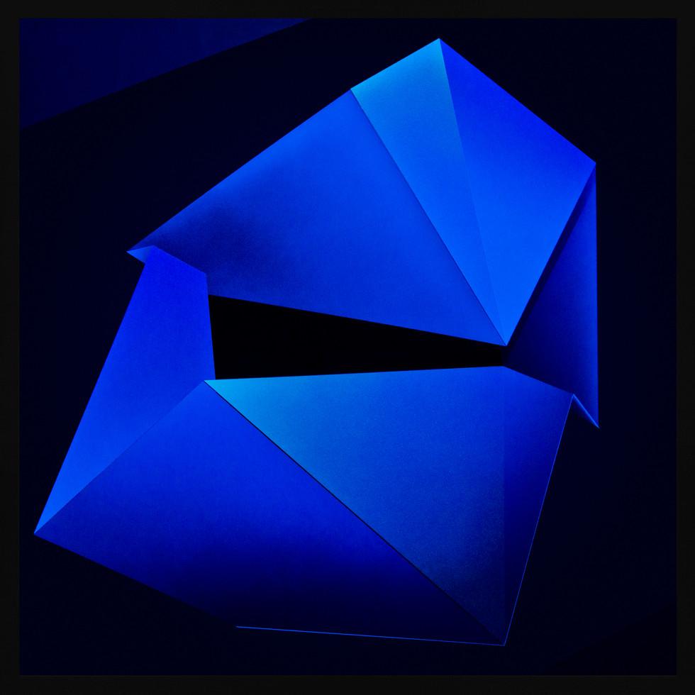 Zac-Koukoravas-Blue Moon-2017-acrylic and enamel on acrylic-103x103cm.jpg