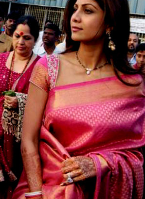 Shilpa Shetty Silk Bridal Brocade Saree (Pink)