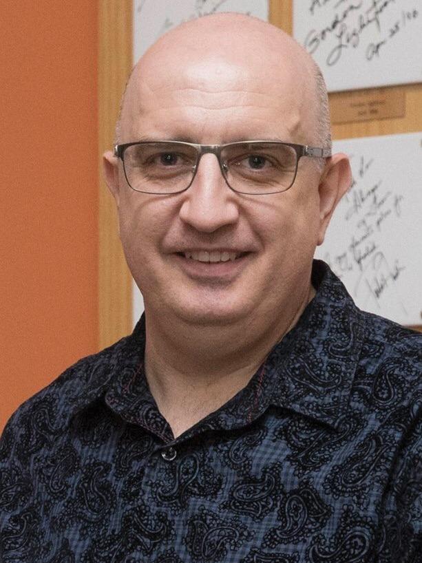 Dr Vanja Nikolovski