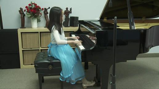 Loriann Qing