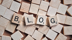 How can blog psychology contribute to discussions in mental health