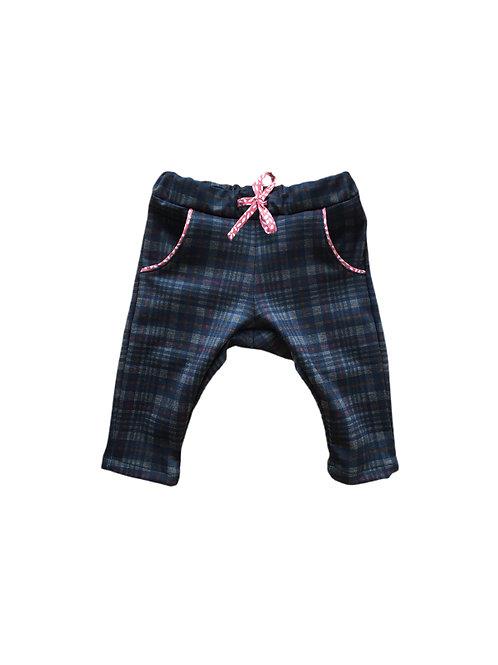 pantalon vue face taille élastique tissu à carreaux