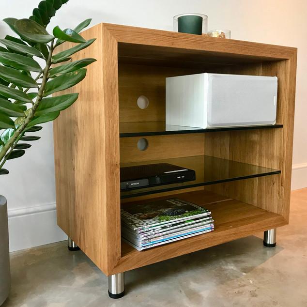 Oak amplifier module with glass shelves