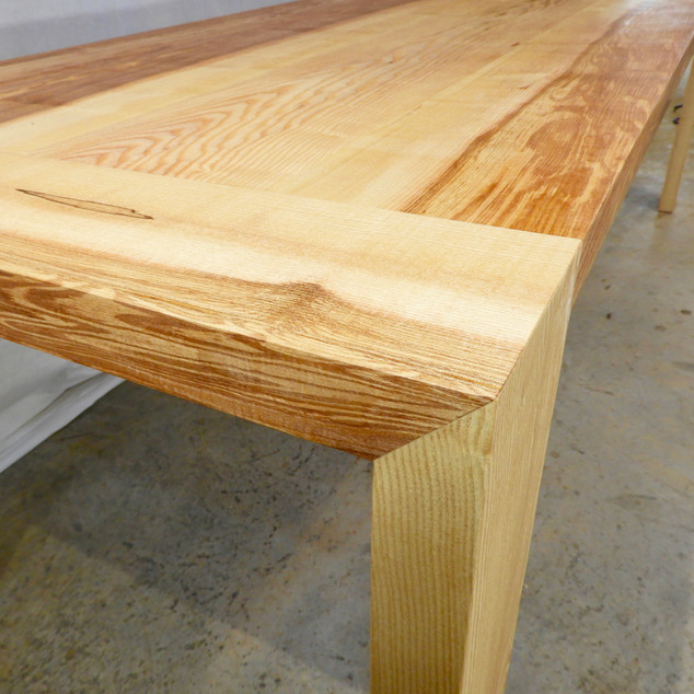 End detail Ash dining table
