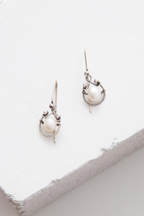 Single Horseshoe Earring in Pearl by Zuzko