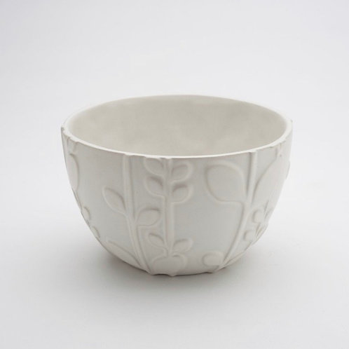 Ceramic Small Laurel Mixing Bowl by Beehive Handmade