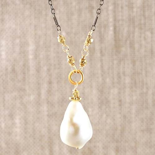 Aurora  White Pearl Tiny Drop Necklace by Alicia Van Fleteren