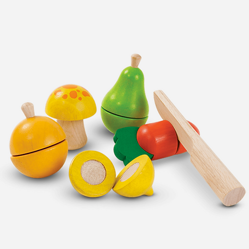 Fruit & Vegetable Play Set by PlanToys