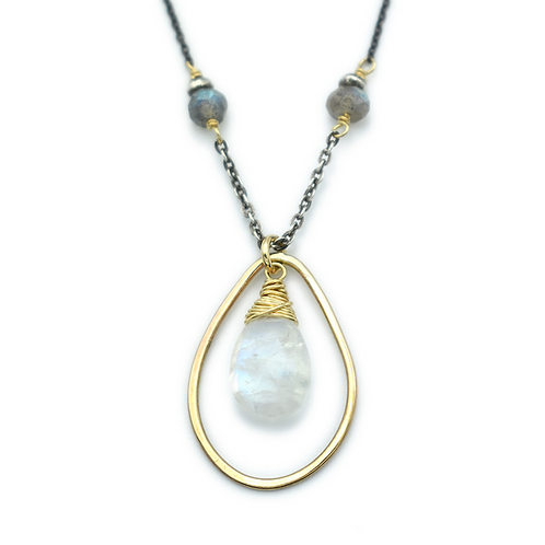 Faceted Moonstone Necklace by J & I -  LGX211N