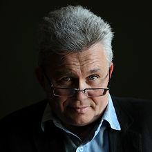 márta istván a magyar fesztivál szövetség elnöke és zeneszerző profilképe