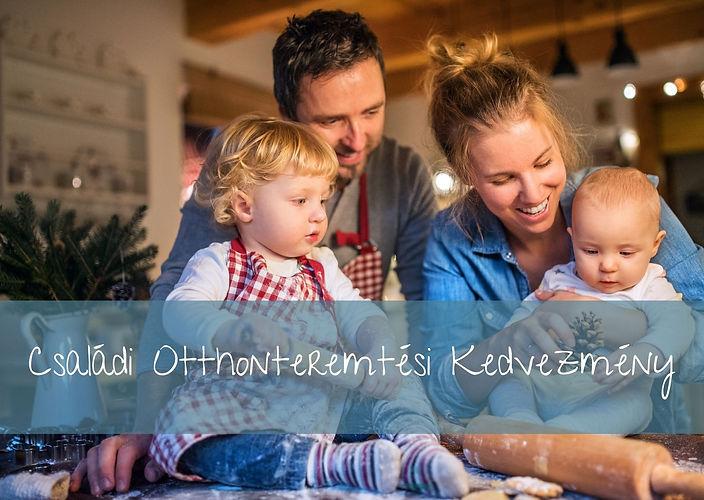 Boldog család, meghitt környezetben, apuka, anyuka, és két kisgyermek a konyhaasztalon süteményt készítenek