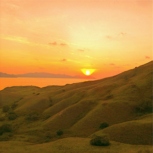 Sunset in Gili Lawa Darat, in Komodo National park. Sunset photography with Canon DSLR Camera.