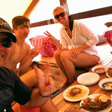 La mejor excursión en barco por la isla de Komodo para grupos familiares pequeños