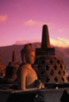 Sunrise at Borobudur Temple.jpg