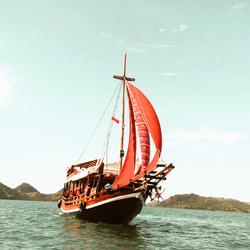 labalaba Komodo Bootstour auf der Insel Komodo. Bootsfahrt von Bali nach Komodo
