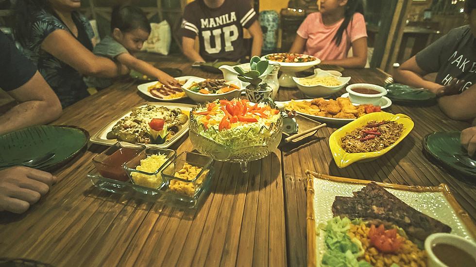 dining-plates2.jpg