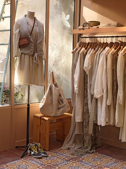 08-03-09-090319_boutique_gas-19-03-09_09
